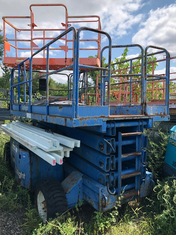 Buy UpRight RT Scissor Lift for Sale | Aerial Lifts