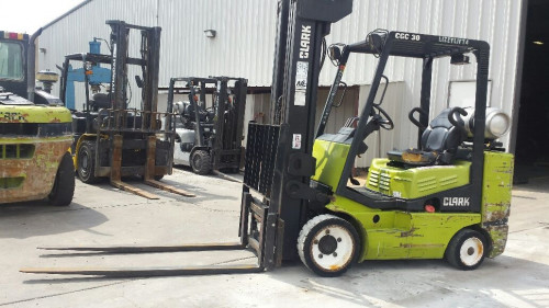 1998 Clark CGC30 Forklift for Sale