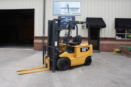 2013 CAT EP25TCA Electric Forklift
