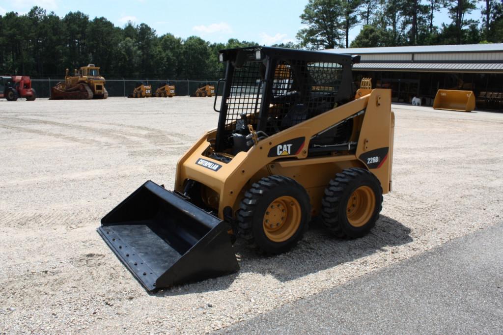 Buy Wheeled Skid Steer Loader CAT 226B3 MVR17710 for Sale